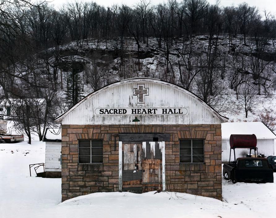 USA. Green Island, Iowa. 2002. Sacred Heart Hall.
