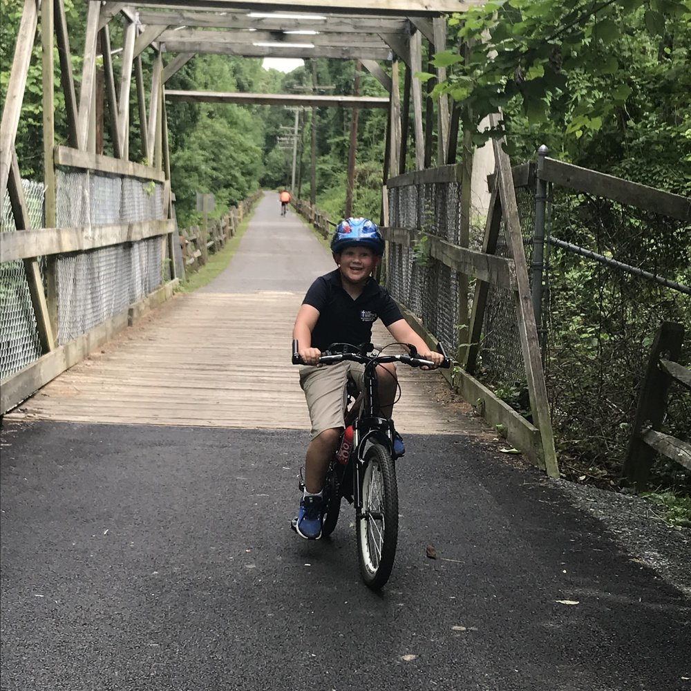 Rob, Dad of Lucas, 7 - Rachel is a real PRO!!! After only one lesson, our 7 y/o is riding with a smile on his face and with confidence. He can't wait for his second lesson! Regardless of age and ability, I highly recommend PedalPower Kids!