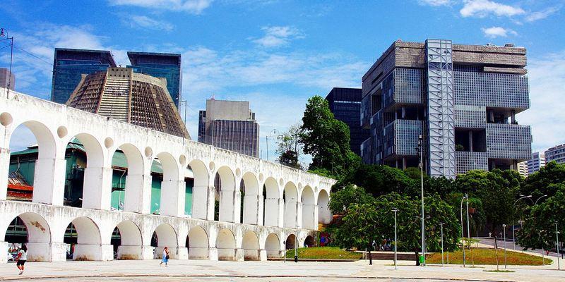 Centro   Onde o antigo, moderno, urbano e cultural se encontram, formando uma mistura de ritmos e culturas.