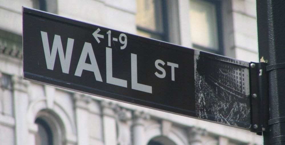 Wall_Street_Sign.jpg