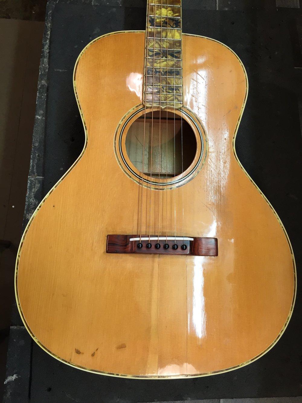 Gibson custom L-0 ( rare Nick Lucas headstock )