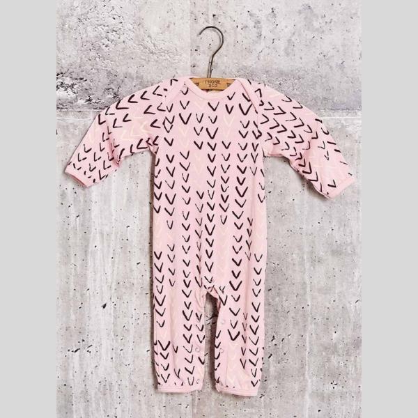 Baby-Bamboo-Pajamas-Sleeper-V-Design-Pink-Rose-Quartz-3070-800x1200.jpg