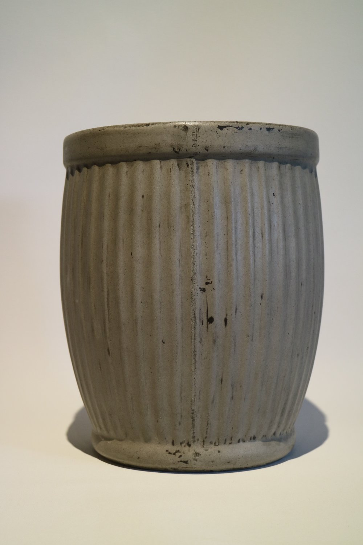 MED Concrete 'Corrugated' Pots