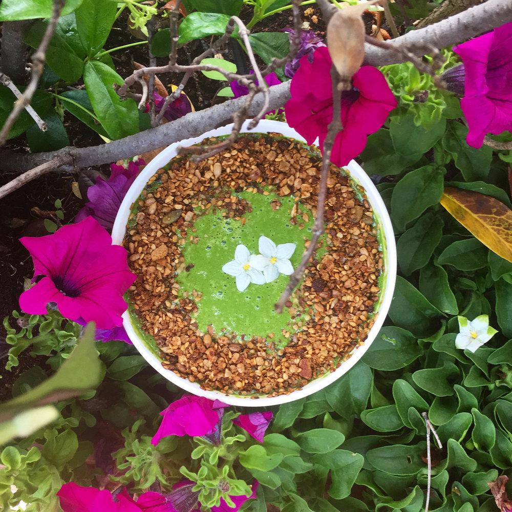 Superfood Green Smoothie Bowl.jpg