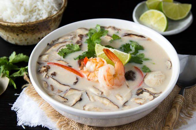 thai-_coconut_soup_with_shrimp_tom_kha_goong-featured.jpg