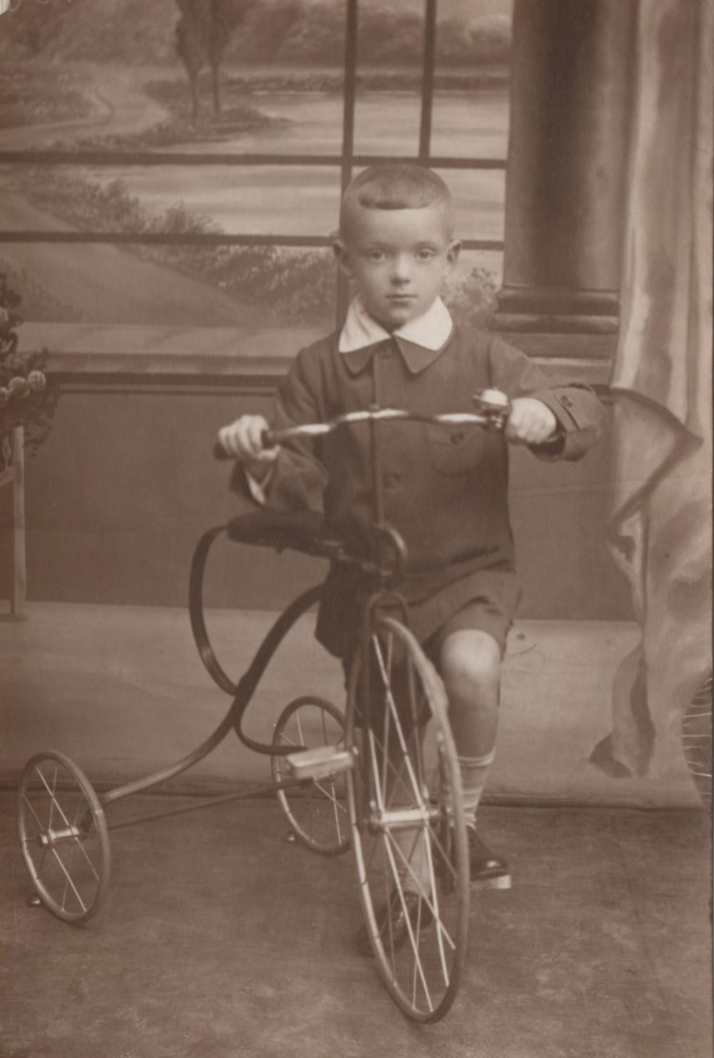 My father, Edward Hawthorne (then Yitzhak Herszkorn), as a boy in prewar Grojec, Poland