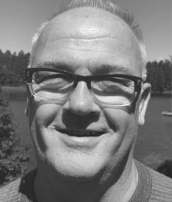 JOHN O'REILLY   Dipl. Psykosyntesterapeut Dipl. Handledare  Lärare grundutbildning, terapeututbildning, handledarutbildning.  Verksam som terapeut och handledare med egen mottagning i England.