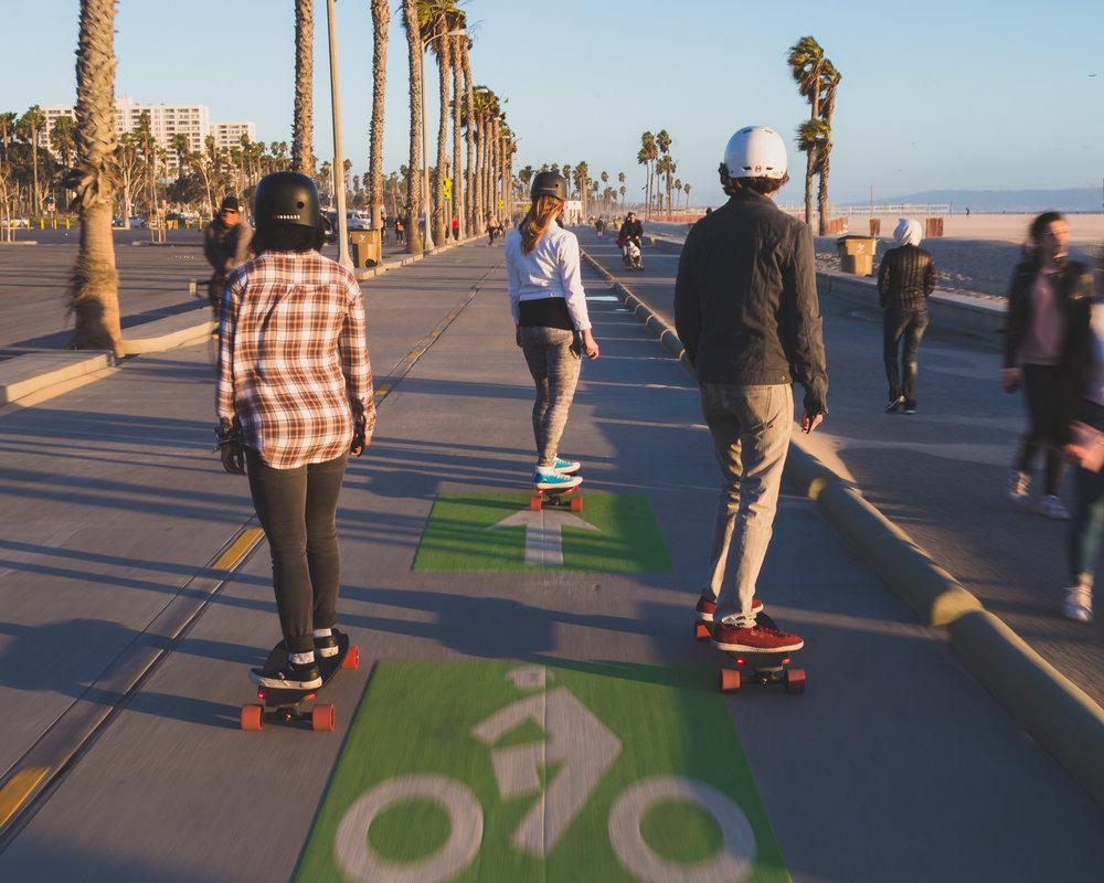 electric-skateboard-rental-app-inboard-boosted.jpg