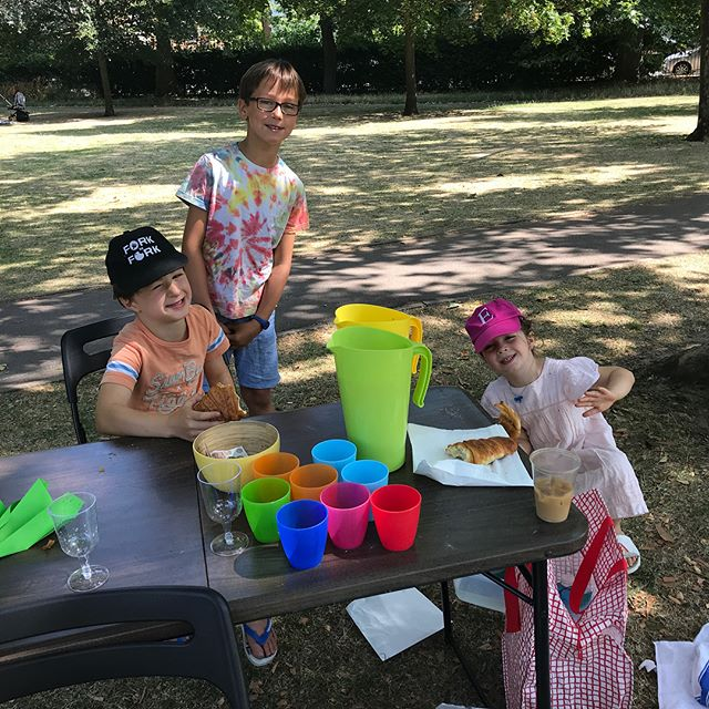 Three of our enterprising fundraisers with their lemonade stand in Queens Park this morning. Thank you!