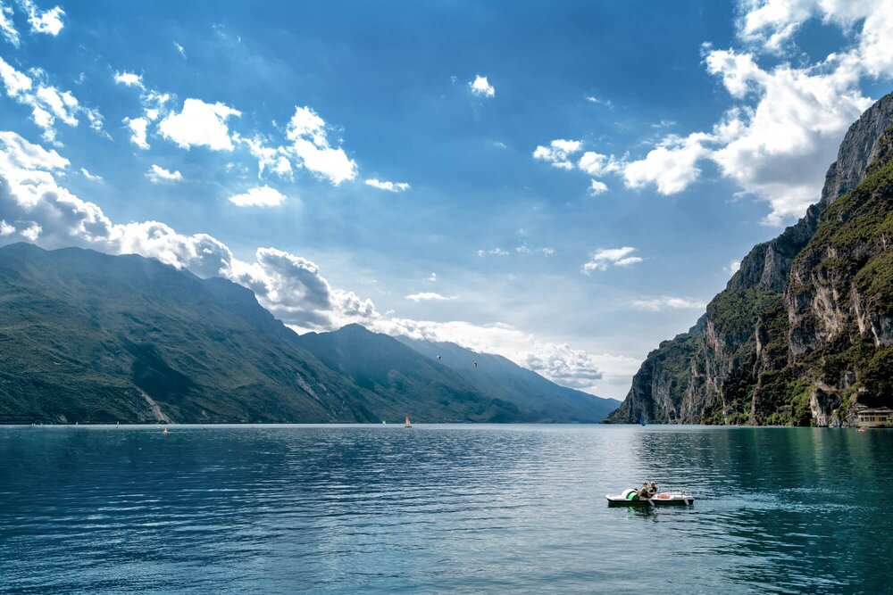Garda lake, Italy אגם גארדה, איטליה