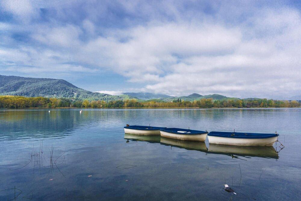 Banyoles lake, Spain אגם בניולס, ספרד