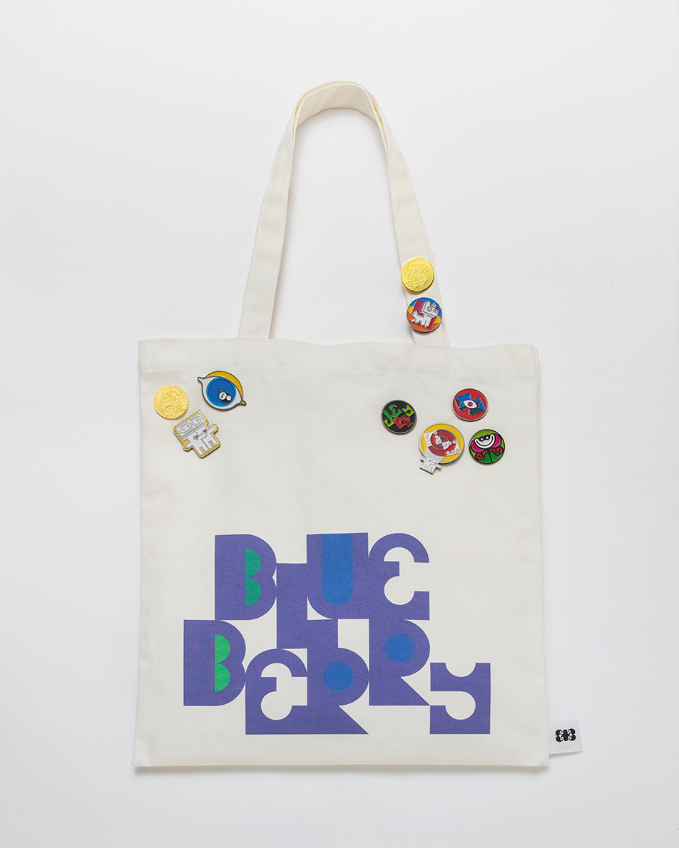 TOTEBAG - There are 7 different kinds of totebags.