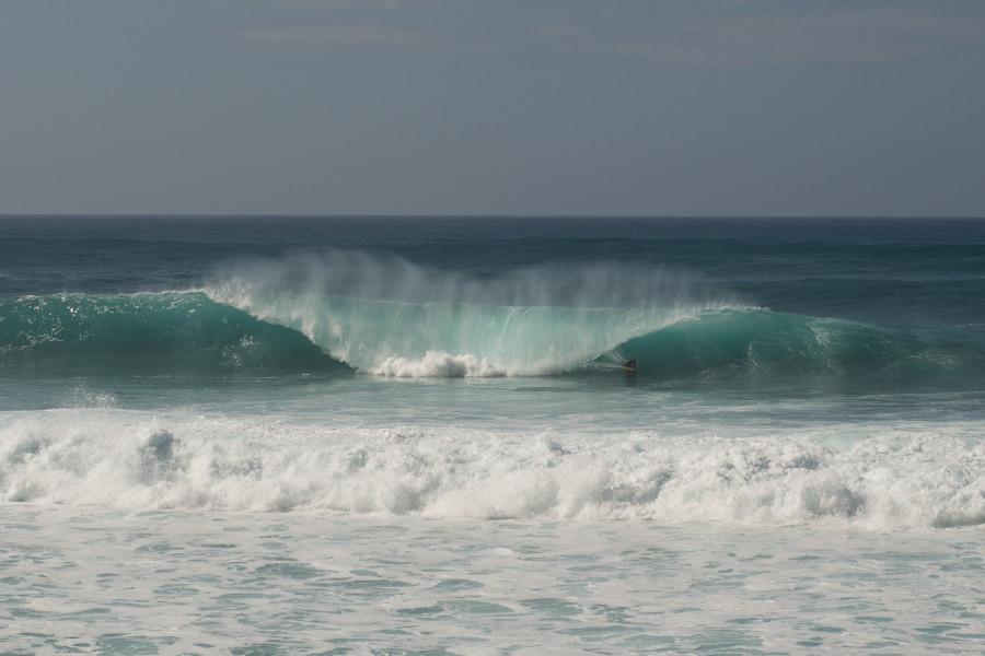Andre-Botha-Pipeline-Surf