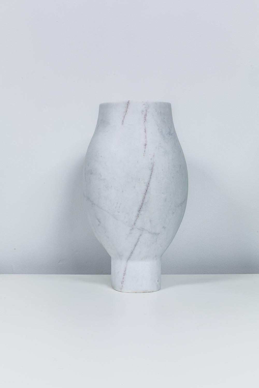 Etam Vase 02.jpg