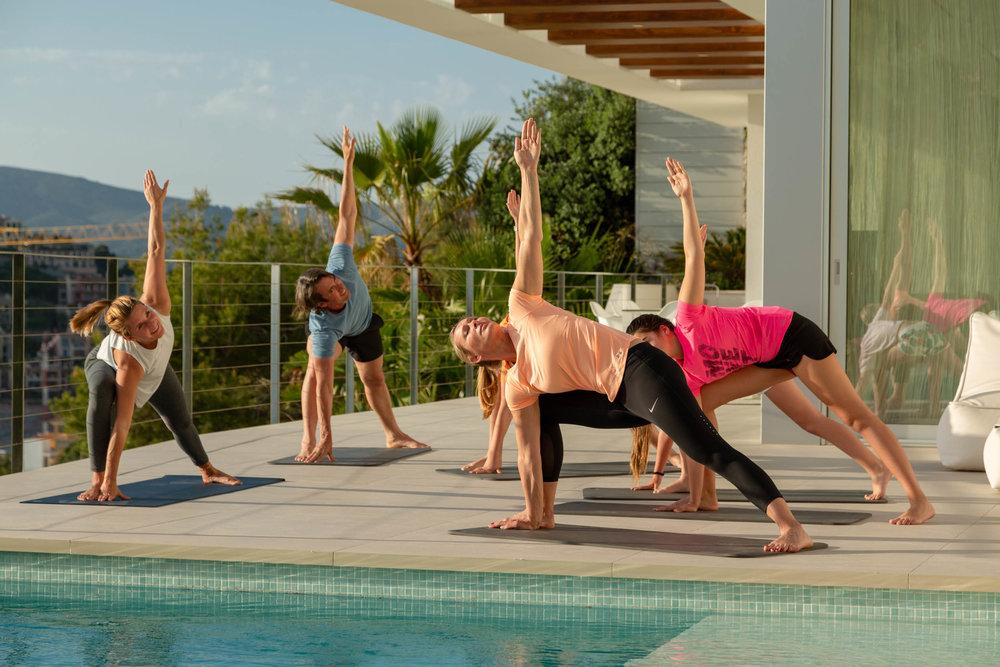 yoga_01.jpg