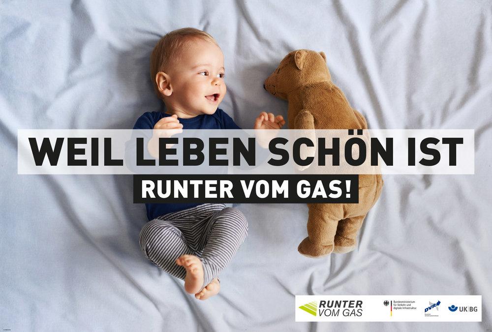 3790x2540_DVR_Autobahnplakate_Leben_schoen-3.jpg