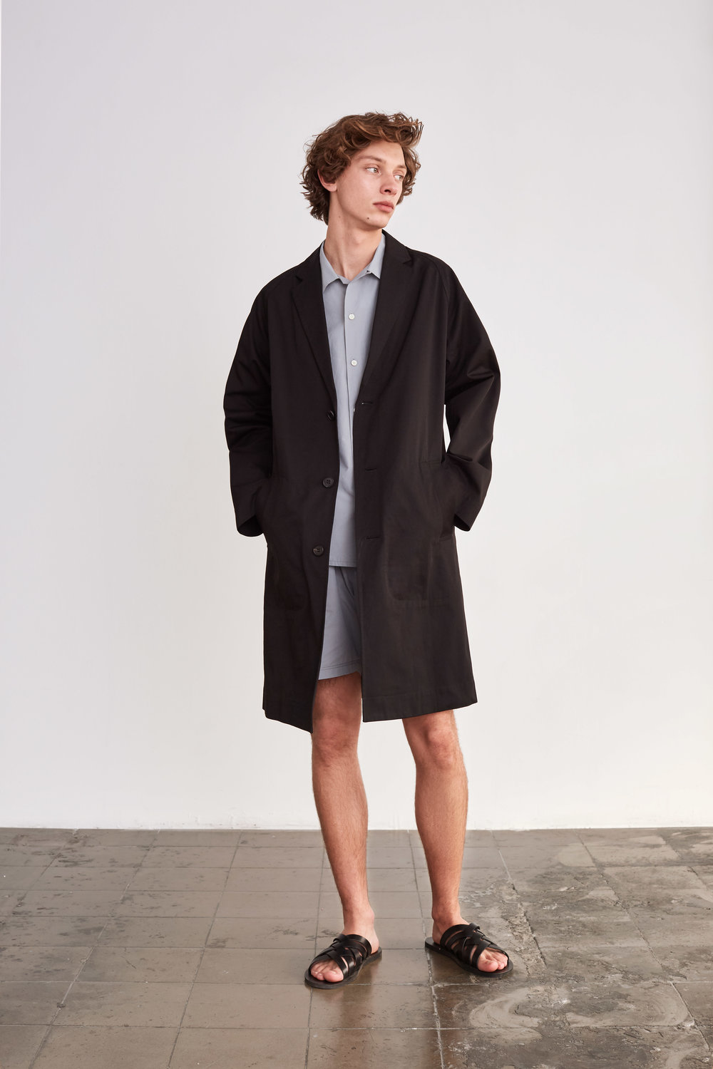 <b>12</b><br>Angelo Typewriter Shirt<br>Abel Typewriter Shorts<br>Donald Cotton Coat
