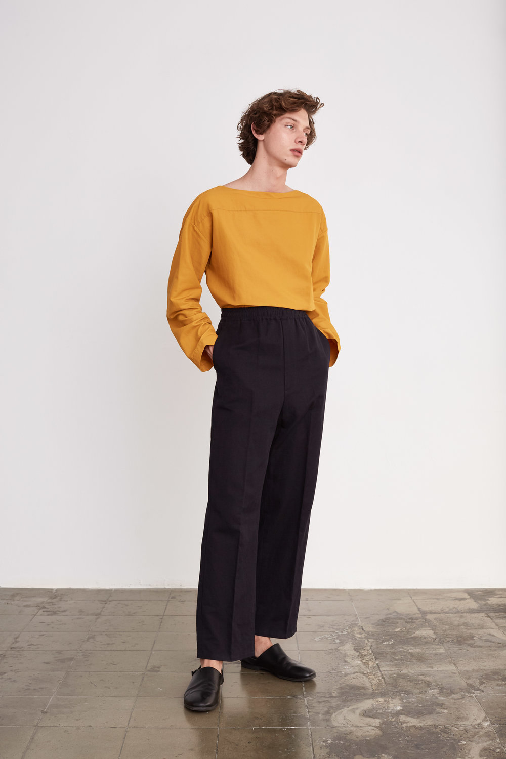 <b>7</b><br>Adrian Cotton Mix Top<br>Felix Herringbone Pants