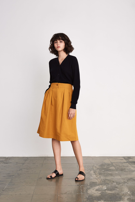 <b>12</b><br>Eldora Waffle Cardigan<br>Noriko Cotton Mix Skirt