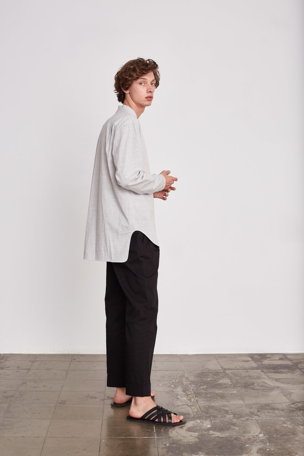 <b>11</b><br>Elonos Textured Cotton Shirt<br>Felix Herringbone Pants<br>