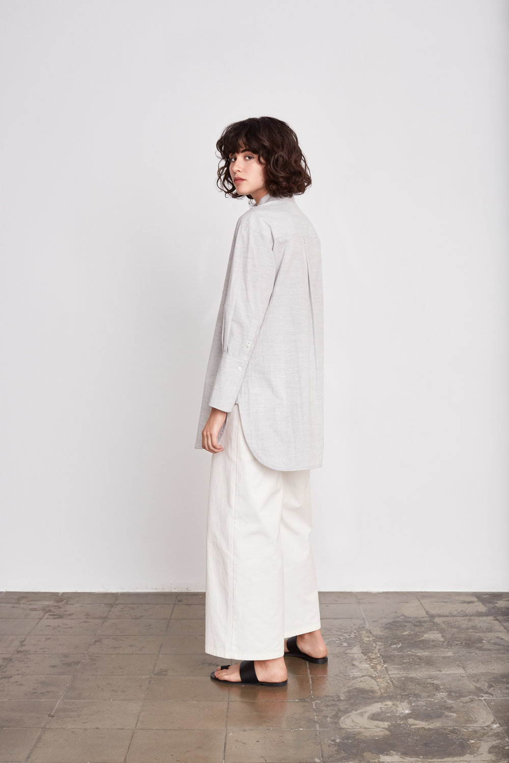 <b>8</b><br>Fonda Textured Cotton Shirt<br>Felisa Cotton Pants