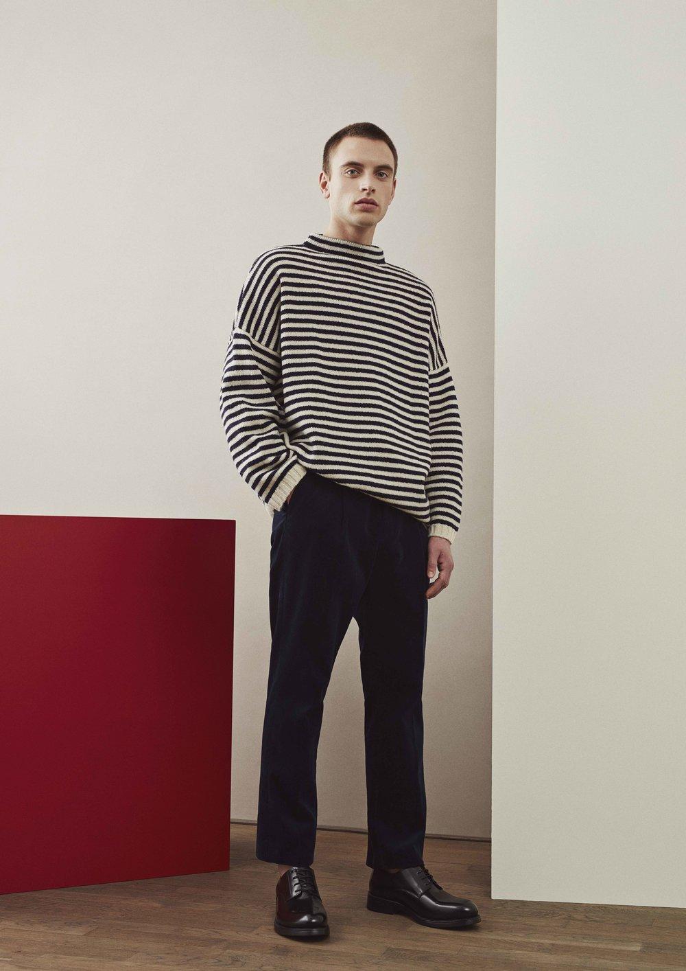 <b>10</b><br>Nias Shetland Wool Sweater<br>Theo Corduroy Pants