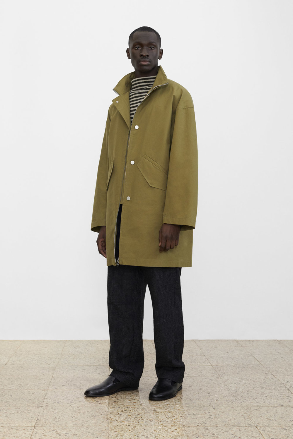 <b>6</b><br>Dexter Waxed Cotton Jacket<br>Grant Striped Wool Top<br>Hakon Checked Wool Pants