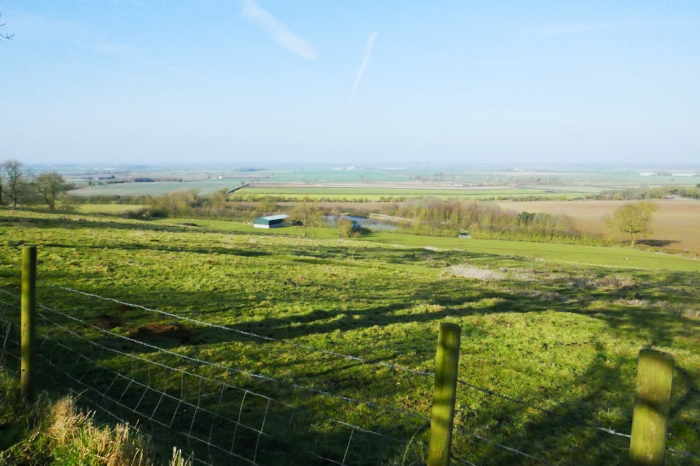 A review of the Viking Way, long-distance trail in England.