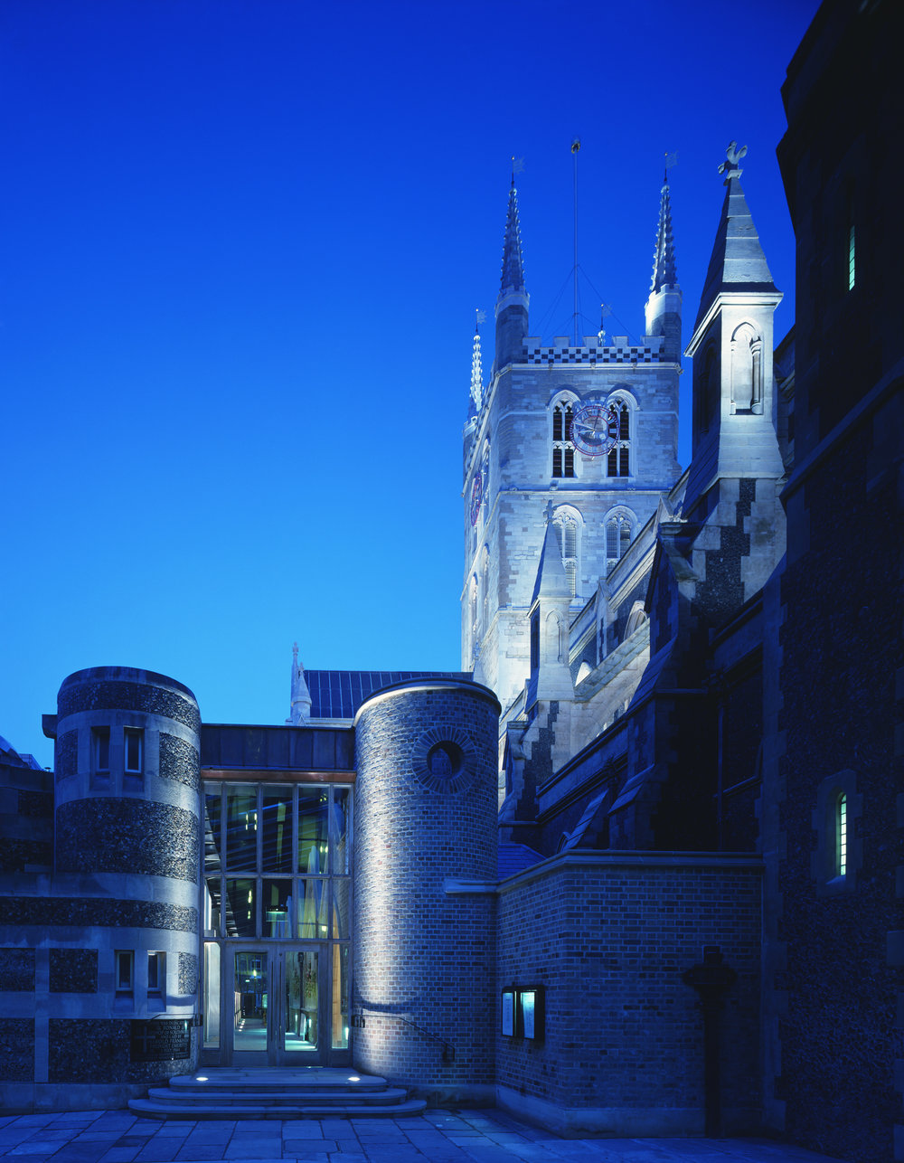 Southwark Cathedral 01.jpg