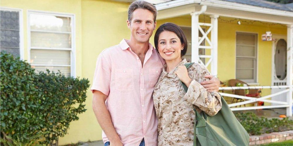 bigstock-Husband-Welcoming-Wife-Home-On-43941817-1-1024x512.jpg