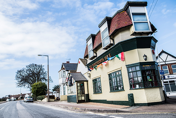 The 19th Hole - A friendly local pub in Kingsgate offering an excellent selection of beer & cask ale.11- 13 George Hill Road, Kingsgate, CT10 3JXTel: 01843 869 54819thhole@thorleytaverns.co.ukwww.nineteenthhole.co.ukFood Served | Cask Ales | Live Sport | Live Music