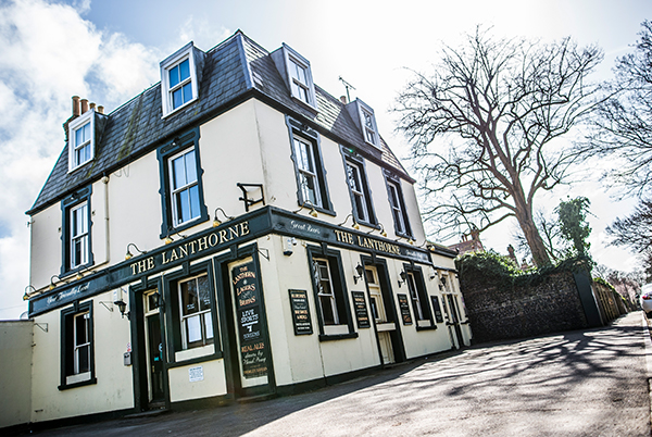 The LanthornE - A great local pub in Broadstairs with a large beer garden.20 Callis Ct Rd, Broadstairs, CT10 3AETel: 01843 861 952lanthorne@thorleytaverns.co.ukwww.thelanthorne.co.ukFood Served | Cask Ales | Live Sport | Live Music | Parking