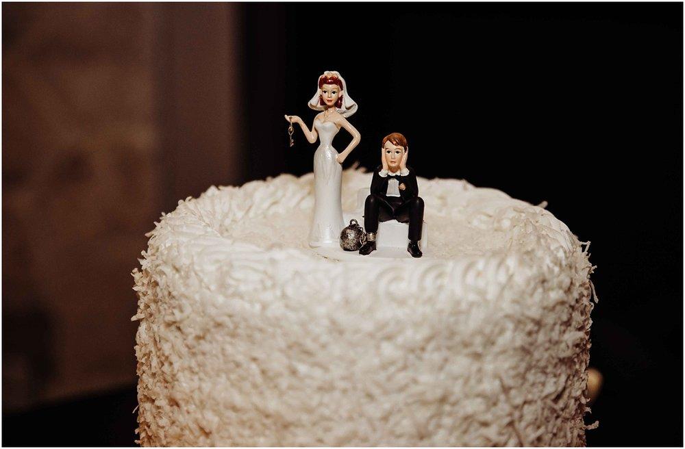 international polo club bride groom cake funny wedding photography