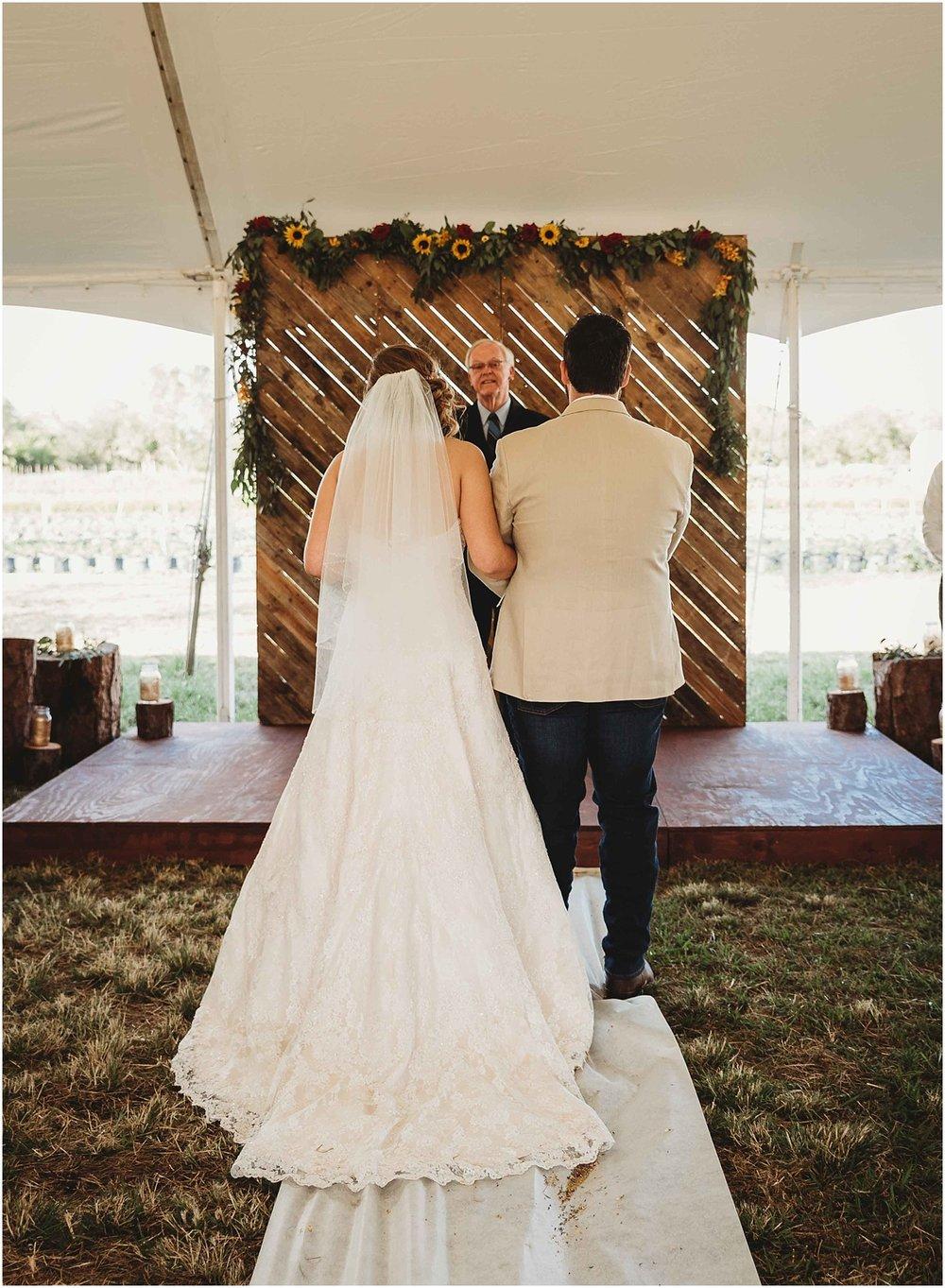SwankFarm-Wedding-19.jpg