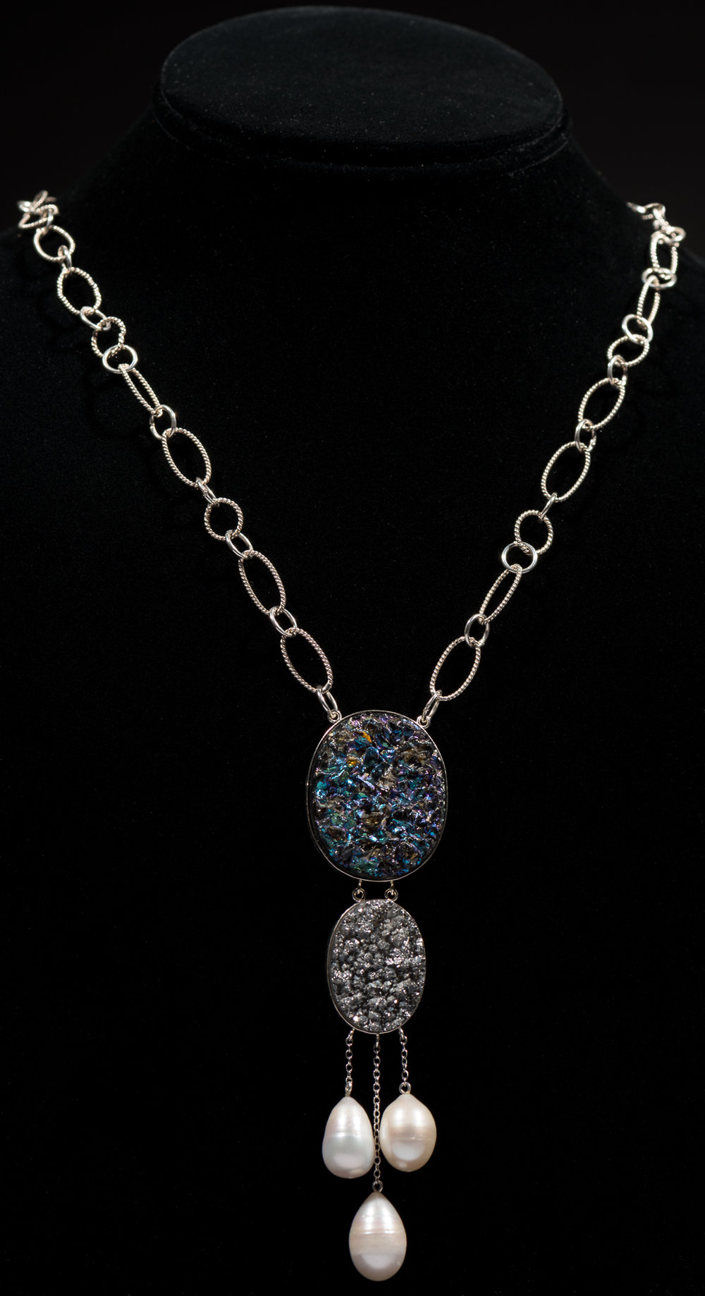 Sterling silver chain with druzy encased in sterling silver and freshwater pearl drop