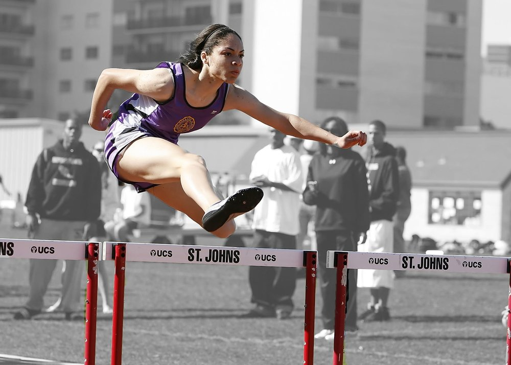 hurdles-track-race-competition-159745.jpg