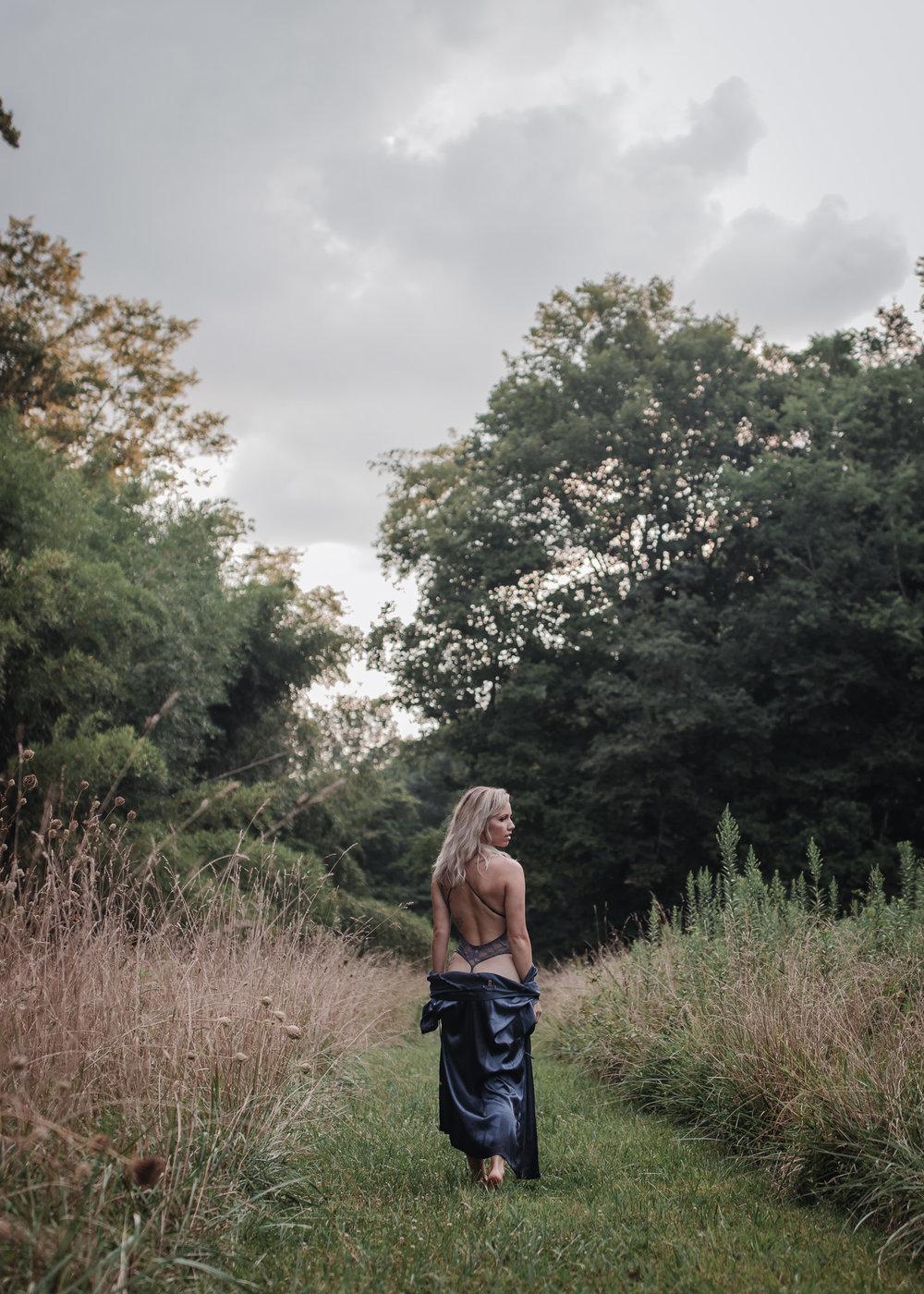 outdoor boudoir girl walking in field