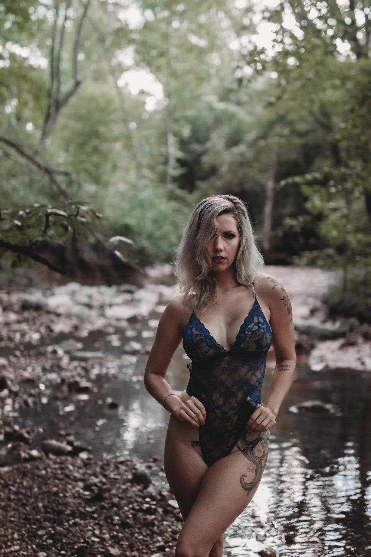 outdoor boudoir in water standing girl