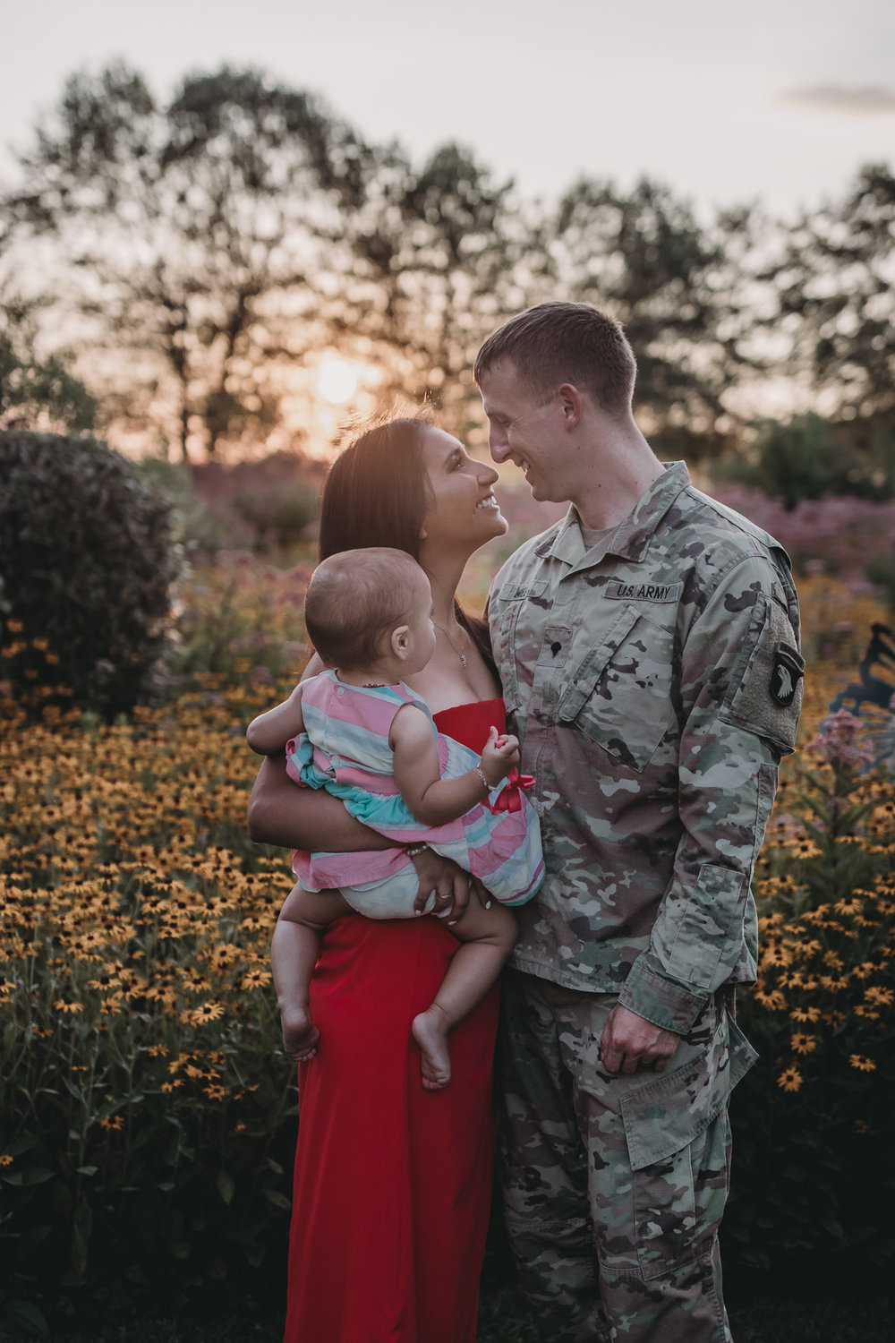 army family dad in uniform photo