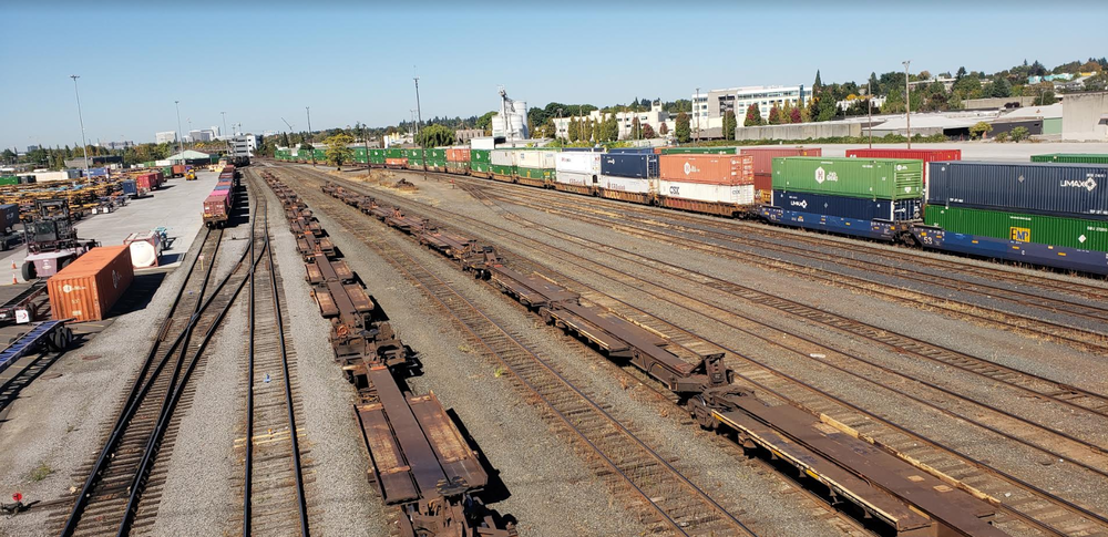 The Brooklyn Railyard, a major source of diesel pollution in Southeast Portland, looking north from Holgate Boulevard overpass near 17th Avenue. Photo by Paul Koberstein