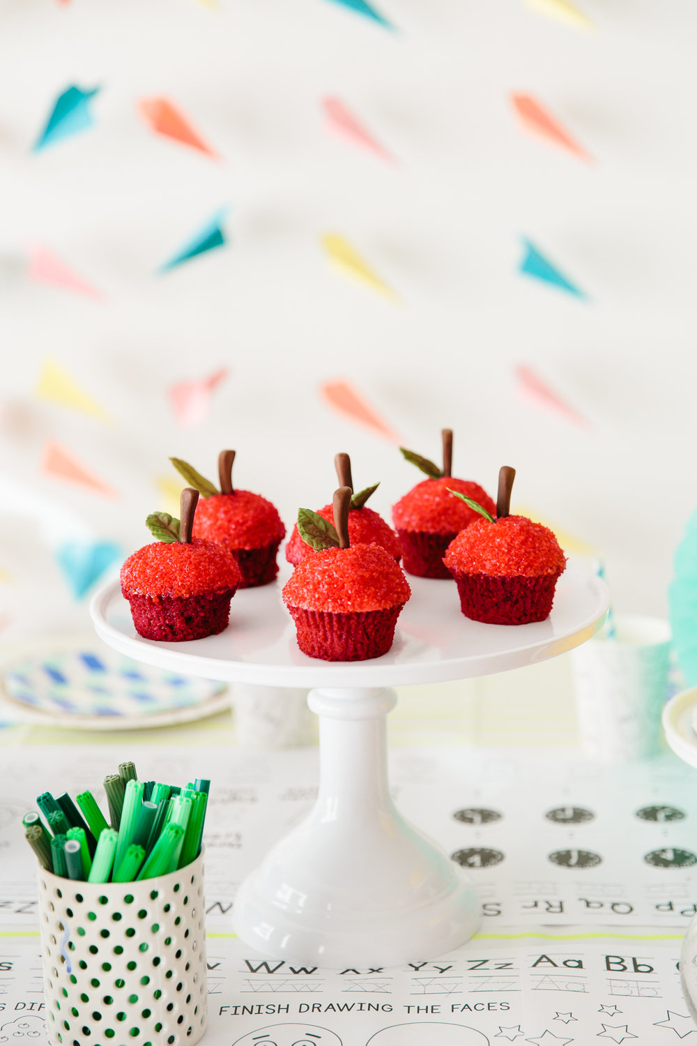 Oui Party - Back to School - Apple Cupcake