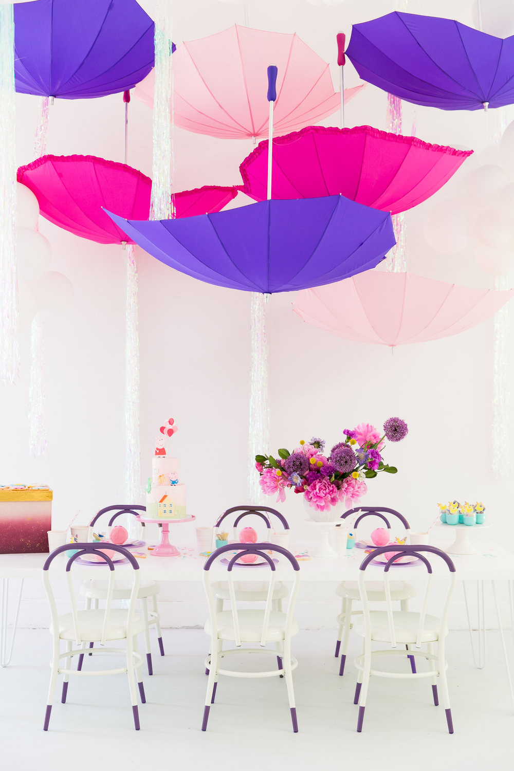 Oui Party - Peppa Pig Party - Umbrella Installation and Tablescape.jpg