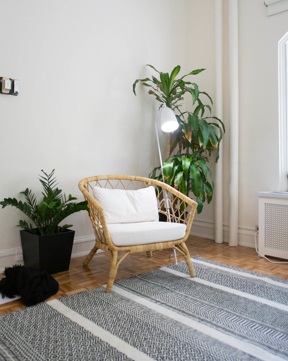 big white chair.jpg
