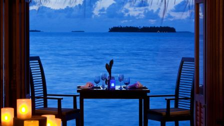 beautiful_romantic_dinner_by_the_sea_sand_hd-wallpaper-1616170 (2).jpg