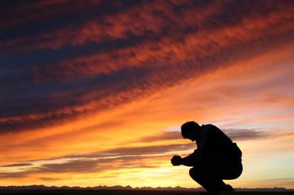 praying_man_at_sunset.jpg