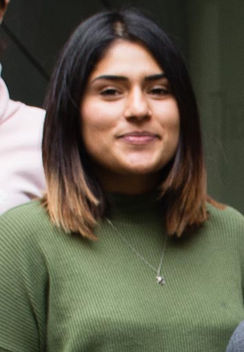 Naomi Roopnarine - Naomi is a Research Assistant in the Bradbury lab. With a background and BSc in Animal Welfare, Naomi is responsible for the successful actioning of multiple projects in the lab.