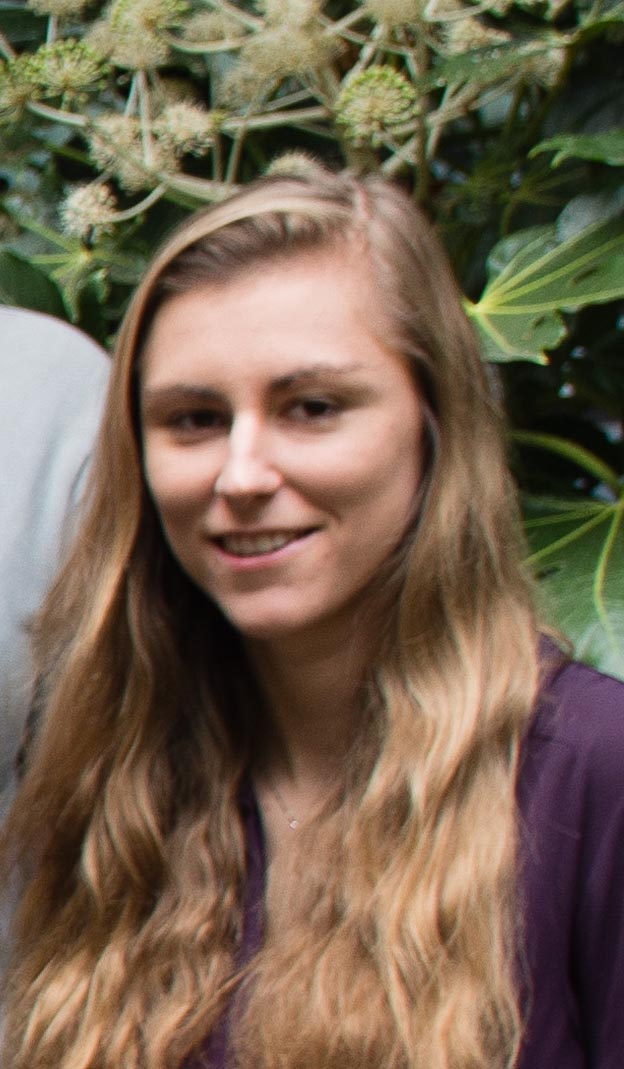 LUCY MArshall - Lucy is a PhD student in the Bradbury lab, working on neuroimflammatory signalling and extracellular matrix scarring following spinal cord injury.