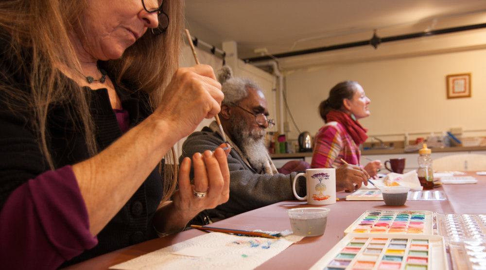 Saturday mornings we offer workshops with projects easily completed in a 2-hour session.  No registration is required. Our multi-sessions range from 2-4 workshops and allow you to go a little deeper into a project.  Registration is required. Cancer, courage and creativity is a 6-week session offered Spring and Fall for anyone who has heard the words
