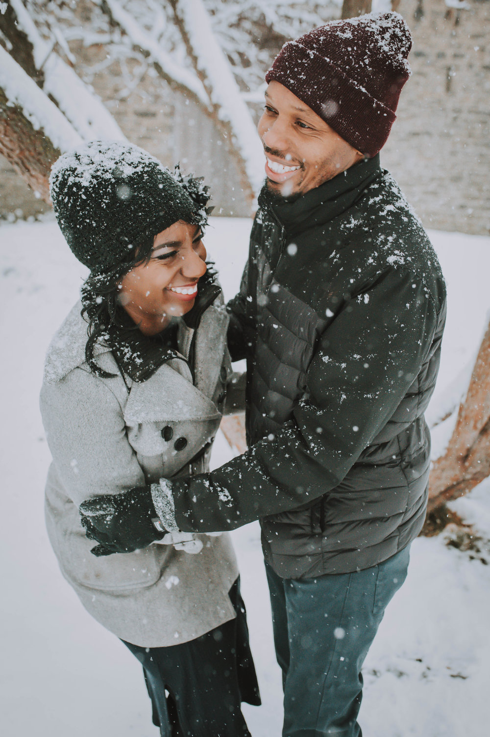 A snowy lifestyle session at Bartram's Garden