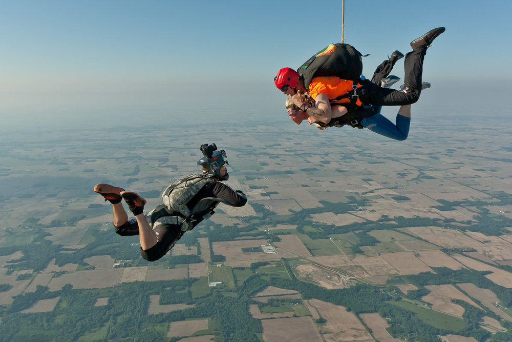 Skydive videographer